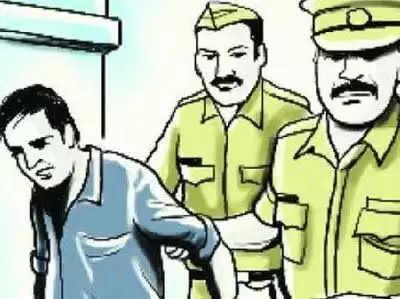 महिला पुलिसकर्मी के घर में घुसकर कर छेड़छाड़, आरोपी गिरफ्तार