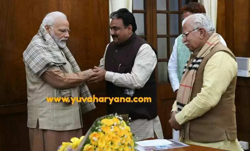 प्रधानमंत्री नरेंद्र मोदी से मिले जींद के नवनिर्वाचित विधायक डॉ. कृष्ण  मिड्ढा