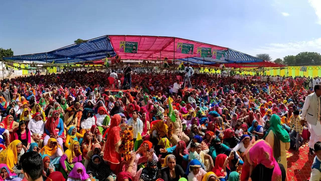 अहीरवाल क्षेत्र में समर्थन मांगने पहुंची नैना चौटाला, बोलीं- पुराने डंडे और झंडे छोड़ आए पीछे
