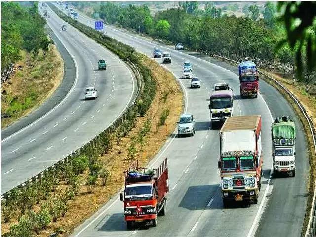 हरियाणा से गुजरने वाली 3 बड़ी सड़क परियोजनाओं को मिलेगी गति, डिप्टी सीएम ने केंद्र से की अपील
