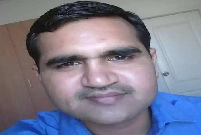स्वास्थ्य विभाग के इंस्पेक्टर की सड़क दुर्घटना में मौत