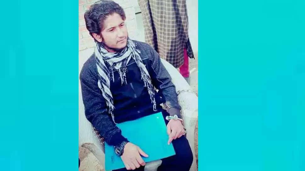 श्रीनगर में अस्पताल में आतंकी हमला, दो पुलिसकर्मी शहीद, आतंकी को छुड़ा ले गए